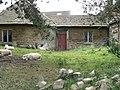Derelict farm buildings - geograph.org.uk - 1395808.jpg