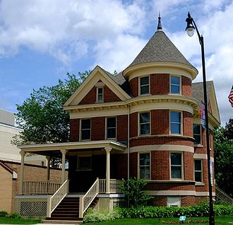 Des Plaines, Illinois - The Kinder House (1907) at the Des Plaines History Center
