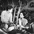 Devika Rani et Ashok Kumar dans Achhut Kanya (1936).jpg