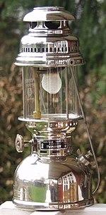 Lampe A Petrole Wikipedia