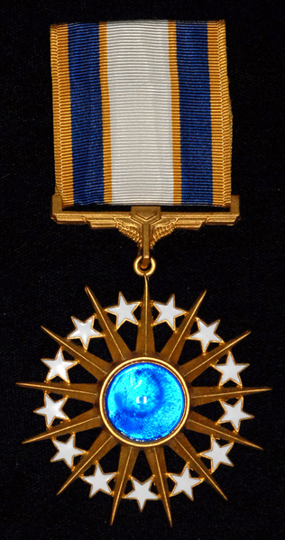 File:Distinguished Service Medal.png