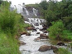 Divino MG Cachoeira.jpg