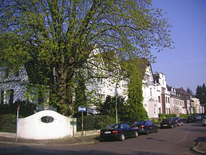 District 7, Düsseldorf - typical residential street in Grafenberg
