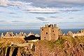 Dunnottar Castle (38584882452).jpg