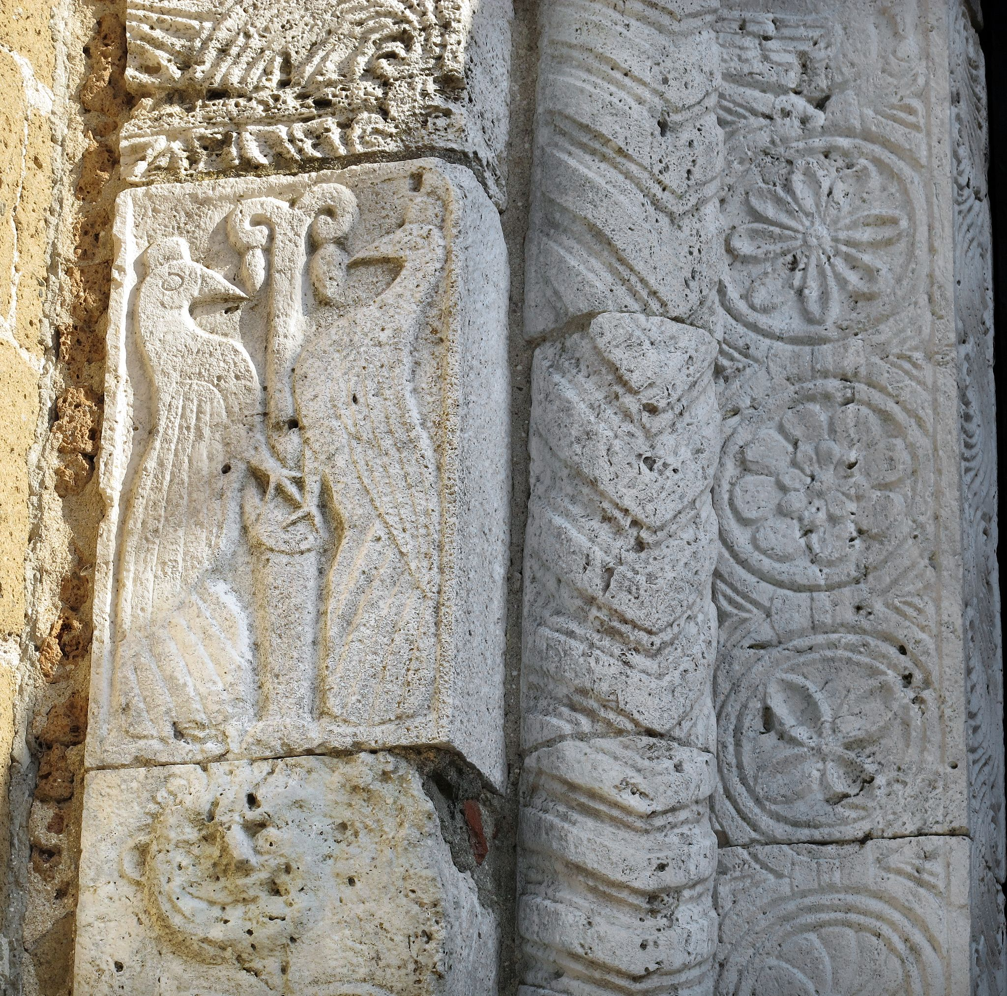 Duomo di sovana, ext., portale 06