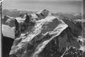 ETH-BIB-Mont Blanc Gipfel von Norden, Glacier des Taconnaz und Glacier des Bossons v. N. aus 4800 m-Inlandflüge-LBS MH01-001108.tif