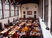 Victoria University, Toronto - Wikipedia