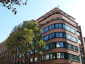 École Spéciale des Travaux Publics - Image: Ecole Spéciale des Travaux Publics du Bâtiment et de l'Industrie
