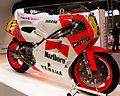 Eddie Lawson Yamaha YZR500 (6391104941).jpg