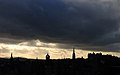 Edinbugh under sunlights - panoramio.jpg