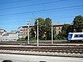 Eichenstraße Südfront Schnellbahn.jpg