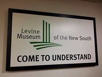 Levine Museum of the New South - Image: Eingangsschild des Levine Museum of the New South