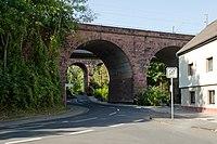Eisenbahnbrücke Friedberg (Hessen) Mühlweg.jpg