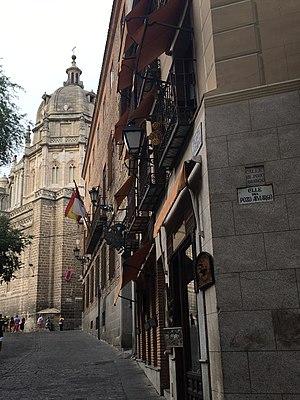 Pozos de Toledo - The plaza of the pozo amargo