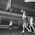 Europa-cup Basketball SVE tegen Real Madrid te Utrecht, spelmoment, Bestanddeelnr 920-9129.jpg