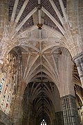 Exeter Cathedral (St. Peter) (15360905366).jpg