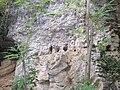 Extérieur grotte des Puits 07.jpg