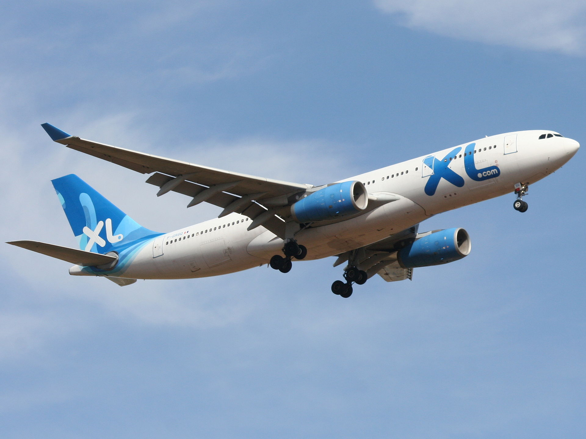 Xl airways france destinations wikipedia for Airbus a330 xl airways interieur