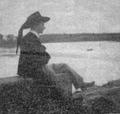Fanch Abgrall en bordure du lac d'Huelgoat.tif