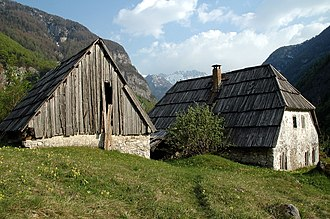Trenta (valley) - Traditional houses in the Upper Trenta Valley