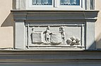 Feldkirchen Hauptplatz 8 Parapetfeld unter Fenster 04072016 3573.jpg