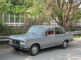 280px-Fiat_125