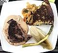 Filet de bœuf sauce forestière, crique maison et légumes.JPG