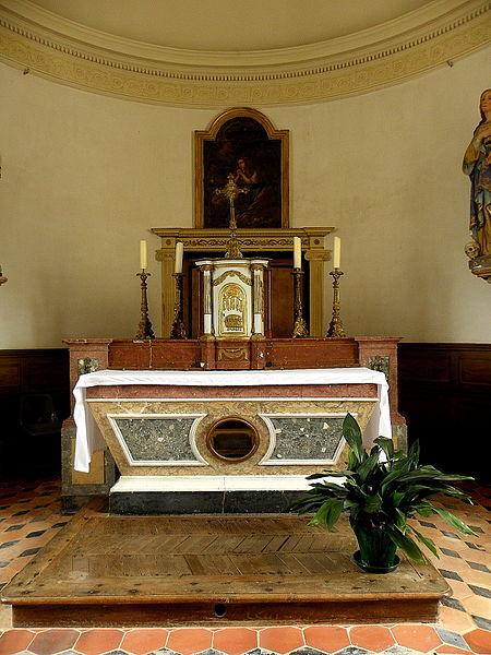 Église Sainte-Marie-Madeleine de Forcé (53). Maître-autel.