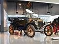 Ford Model T (15080975565).jpg