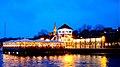 Foto, http-www.fleno.de Restaurant Bellevue Flensburg bei Nacht Hafendamm bzw. Hafenspitze Flensburg - panoramio.jpg
