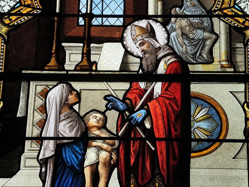 File:Fr Chapelle Notre-Dame-de-Lhor Saint Blaise stained glass - center detail 2.jpg