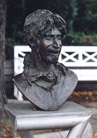 Frank Zappa - Frank Zappa bust by Vaclav Cesak in Bad Doberan, Germany