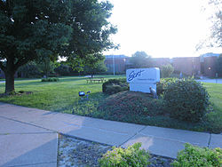 Front lawn of Scott Community College, Bettendorf, Iowa - 20070703.jpg