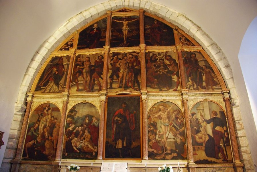 Galey (Ariège, France), chapelle saint Quentin, retable de 15 tableaux, classé M.H..