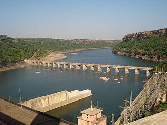 Chambal-Schlucht und Gandhi-Sagar-Damm