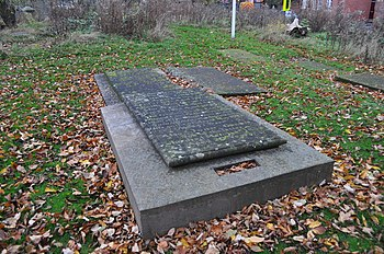 George Green's Grave - geograph.org.uk - 2160600.jpg