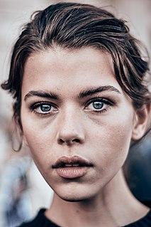Georgia Fowler New Zealand fashion model and television presenter