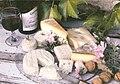 Gigondas et plateau de fromages.jpg