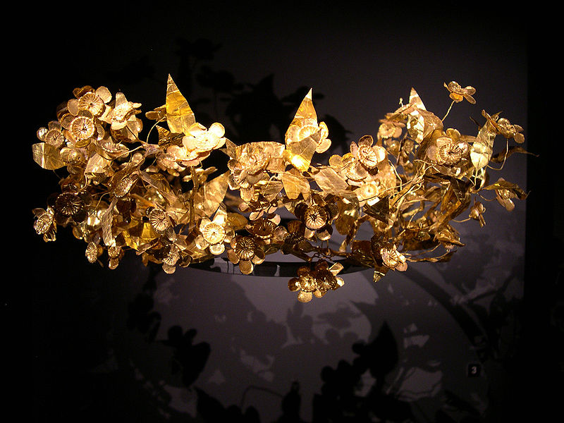 filegolden leaf crown of ancient macedonian origin