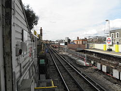 Goldhawk Road stn look north3 2012.JPG