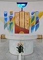 Graz-Eggenberg. Schutzengelkirche. Marmoraltar und Altarwandtafeln.jpg