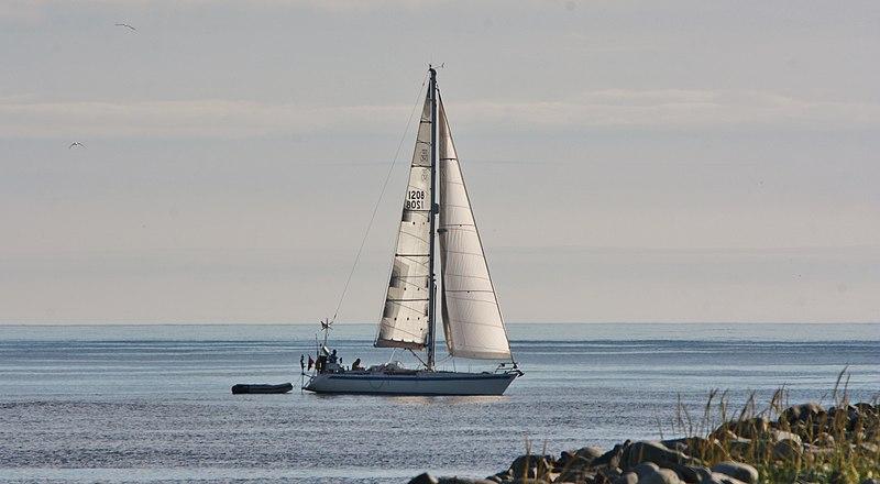 File:Grutness yacht IMG 5964 (14654188794).jpg