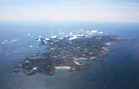 Guernsey from the air - geograph.ci - 371.jpg