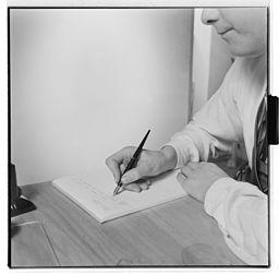 Hånd som skriver. - Fo30141603290075