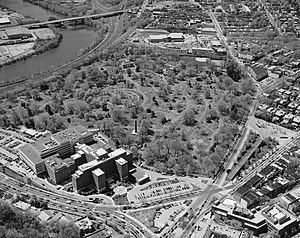 The Woodlands (Philadelphia) - Aerial view looking west, 2003, by Jack Boucher.  The Schuylkill River, in the top left corner, is crossed by the Gray's Ferry Bridge.  The University of the Sciences is at the top, and the University of Pennsylvania at the bottom.