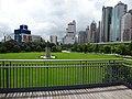 HK 香港 Dr Sun Yat-Sen Memorial Park 中山紀念公園 statue 孫中山像 n fence June 2016 DSC.jpg