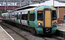 Harrow and Wealdstone station MMB 14 377213.jpg