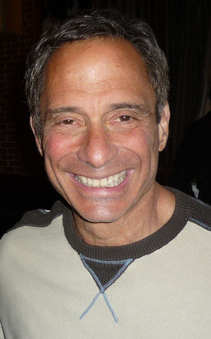 English: Harvey Levin in April 2010.