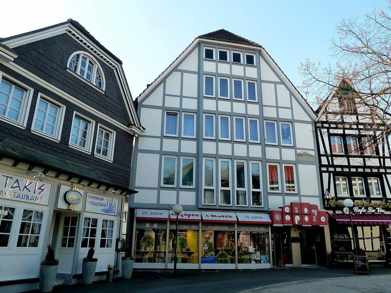 Hattingen – Historische Altstadt Obermarkt - panoramio.jpg