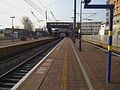 Hayes & Harlington stn slow platforms looking west.JPG